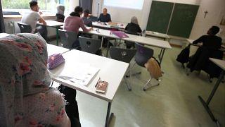 Antiszemitizmus elleni osztályok létrehozását kérik a német zsidók a bevándorlók számára