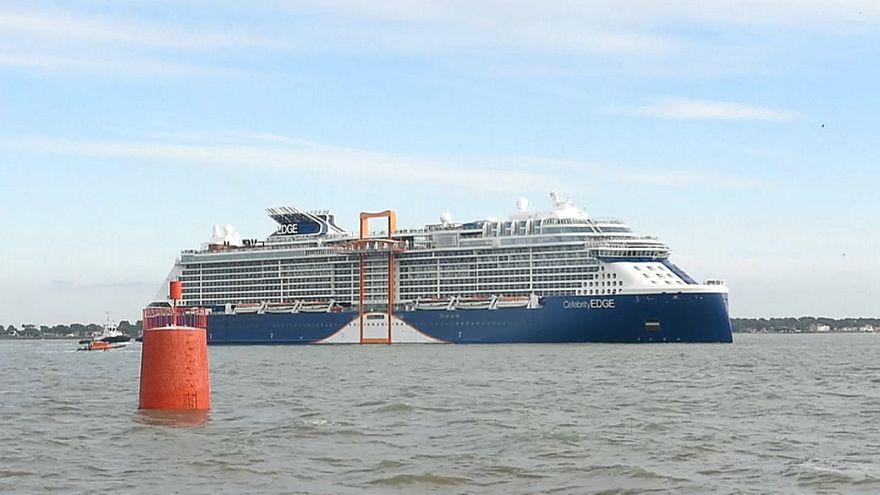 Celebrity Edge.. سفينة تستوعب 4000 راكبا تغادر إلى أمريكا