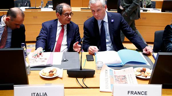 Euro finance ministers take hard look at Italian budget