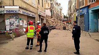 Deux immeubles s'effondrent à Marseille