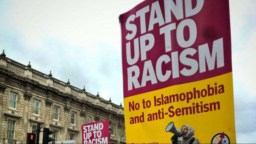 یهودیان آلمان: برای مسلمانان مهاجر کلاس مقابله با یهودی ستیزی برگزار کنید