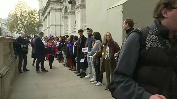 Menschenkette gegen Brexit in London