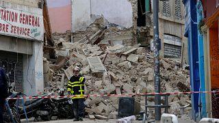 В Марселе обрушились два здания