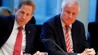 """""""Ein Stück menschlich enttäuscht"""": Seehofer versetzt Maaßen in einstweiligen Ruhestand"""