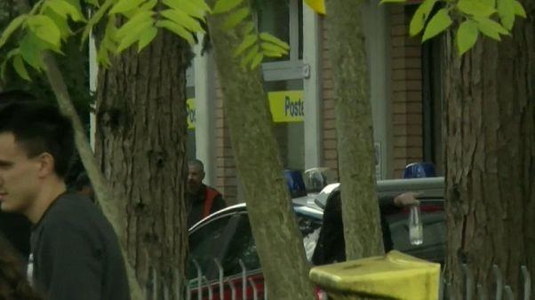 Ndranghetista prende ostaggi in ufficio postale