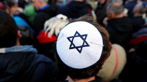 يهود ألمانيا يطالبون بدروس حول معاداة السامية لإدماج المهاجرين المسلمين