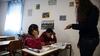ΔΟΜ για προσφυγόπουλα: «Το σχολείο οδηγεί στην κοινωνική ενσωμάτωση»
