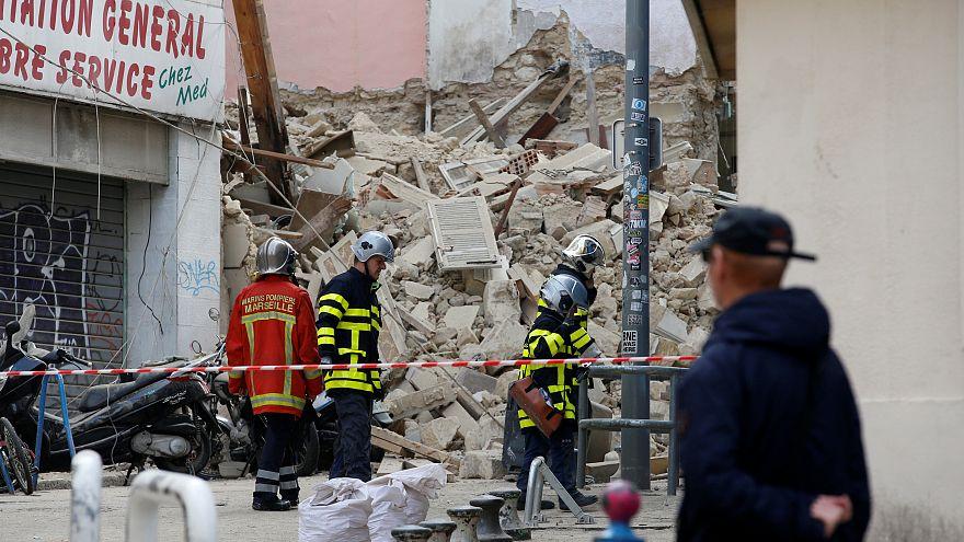 Marseille: Noch Vermisste nach Häusereinsturz