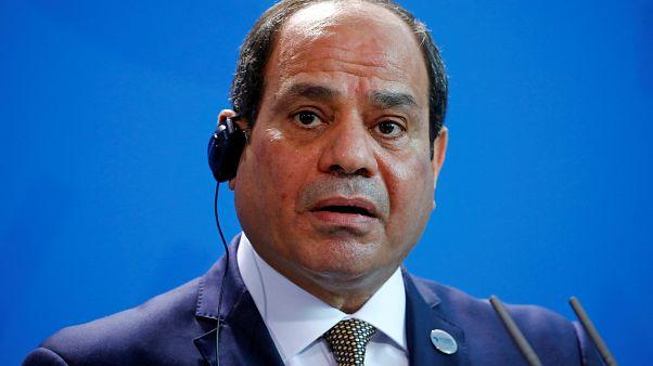 El-Sisi, sivil toplum örgütlerini kısıtlayan yasanın gözden geçirilmesini istedi