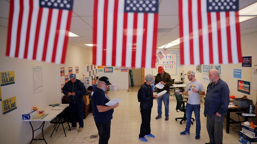 Ενδιάμεσες εκλογές: Η Αμερική ψηφίζει