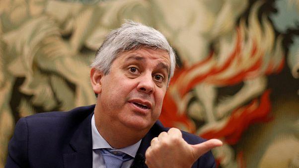 Itália desafia Bruxelas e mantém orçamento