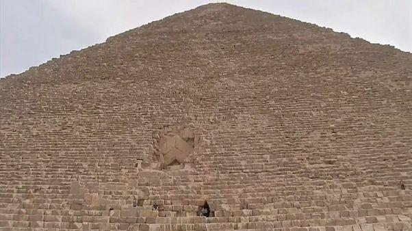 علماء يقتربون من اكتشاف سر الأهرامات