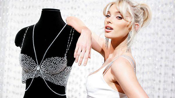 Victoria's Secret angel Elsa Hosk showcases the million dollar Fantasy Bra