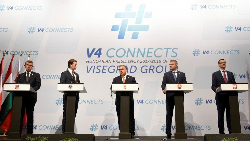 Távolodnak egymástól a V4 országai, véli a Politico