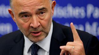 Bruxelles minaccia sanzioni contro l'Italia