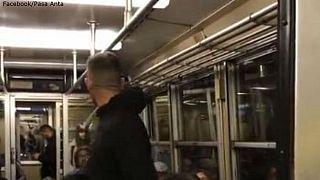 Una mujer se enfrenta a un hombre que hacía comentarios racistas en el metro en Italia