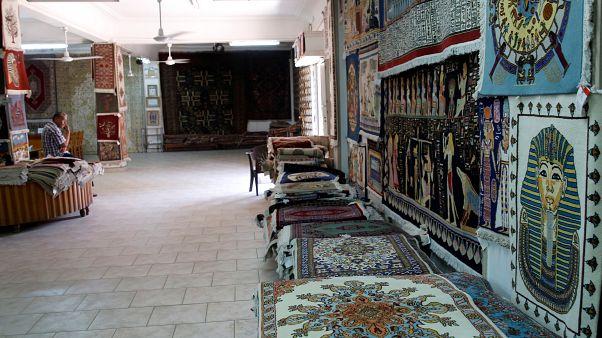 السياحة المصرية تتعافى.. وقريبا متحف يعرض 100 ألف قطعة أثرية