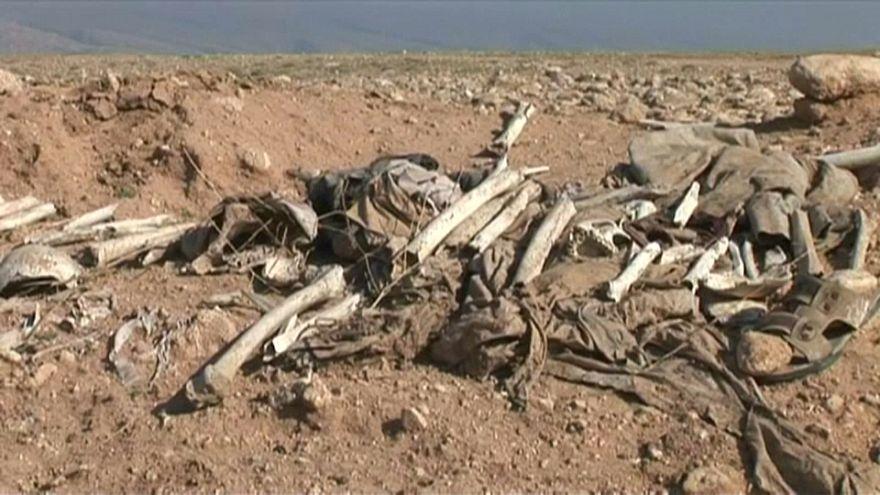Iraq: scoperte oltre 200 fosse comuni attribuite all'Isis