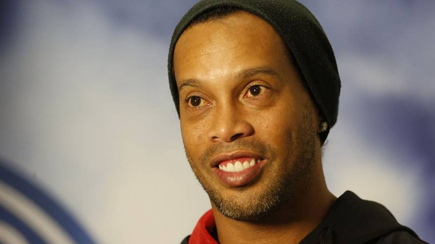 Ronaldinho è in bolletta