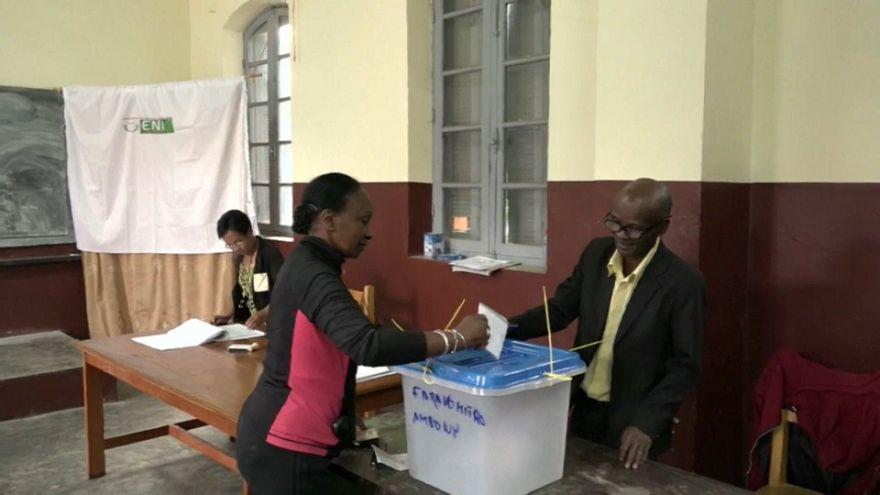 Les Malgaches aux urnes pour élire leur futur président