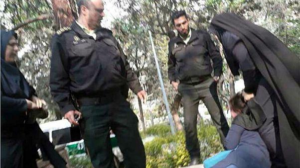 محمدحسین آغاسی به یورونیوز: قرار منع پیگرد ماموران گشت ارشاد غیرقانونی است