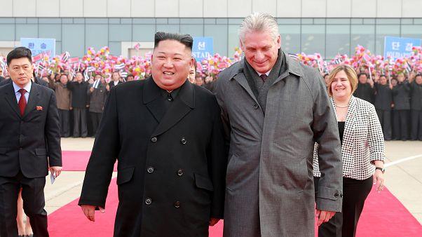 Barátságos búcsú Phenjanban