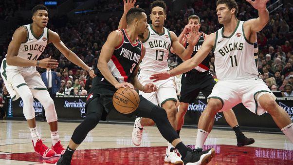 NBA: un super McCollum fa brillare Portland davanti al proprio pubblico