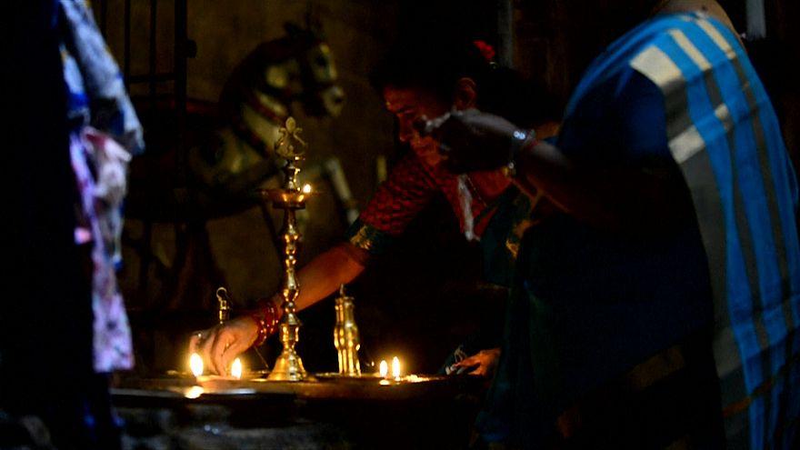 برپایی جشن دیوالی یا صف نور در هند
