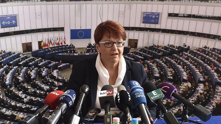 Az illetékes EP-bizottság elnöke meglepőnek nevezte az Elios nyomozás megszüntetését
