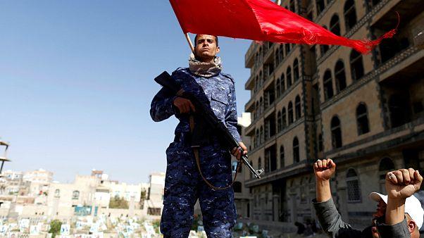 یمن؛ اوجگیری نبردها در حدیده و تاکید حوثی ها بر تسلیم ناپذیری