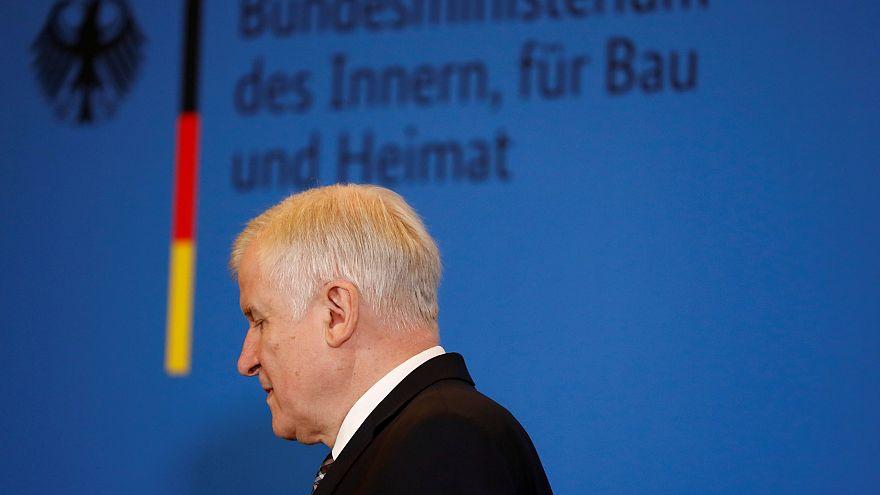 Stampa tedesca: Seehofer pronto a lasciare la guida della Csu