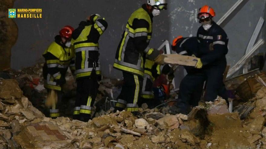 Marsiglia, ricerche sospese tra le macerie dei palazzi crollati