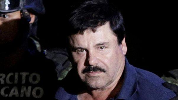 Ünlü uyuşturucu baronu El Chapo eşine sarılabilmek için mahkemeden izin istedi