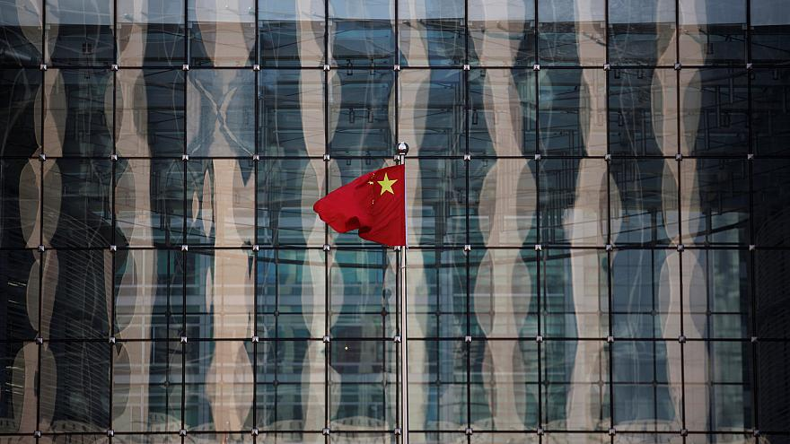Video   Çin'de iyi çalışmayan işçiye idrar içirmeli 'Çin işkencesi'