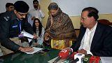 La católica paquistaní absuelta de la pena de muerte sale de la cárcel