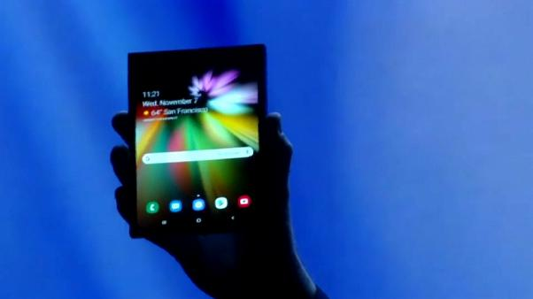فيديو: سامسونغ تشكف عن هاتفها الأخير القابل للطي