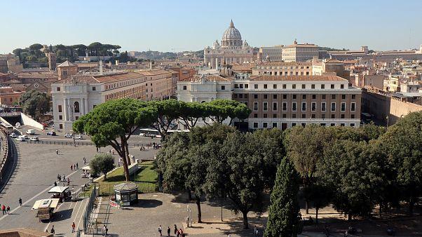 Ιταλία: Η Εκκλησία πρέπει να πληρώνει φόρους στα εμπορικά ακίνητα της