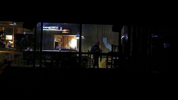California, spari in un locale: almeno 12 morti, tra cui l'assalitore