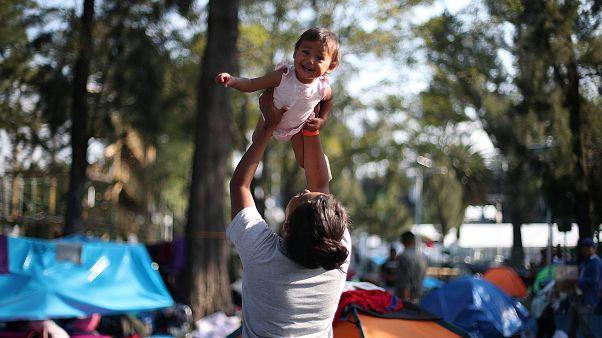 La caravane des migrants fait une escale salvatrice à Mexico