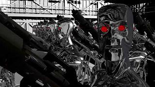 Artık bilim kurgu değil: Katil robotlar cepheye gitmeye hazırlanıyor