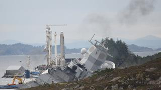 Colisión de una fragata militar y un petrolero en la costa Noruega