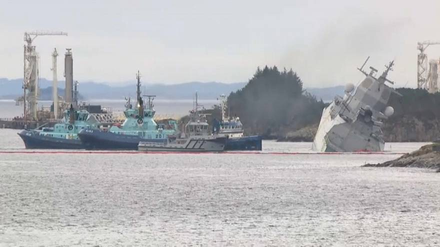 Ocho heridos por la colisión entre una fragata y un petrolero en Noruega