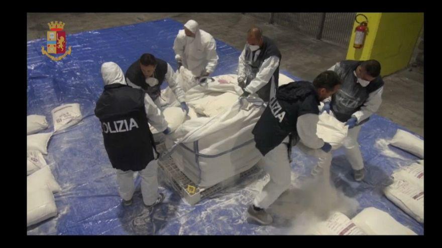 Genova: 270kg di eroina sequestrati in un container al porto