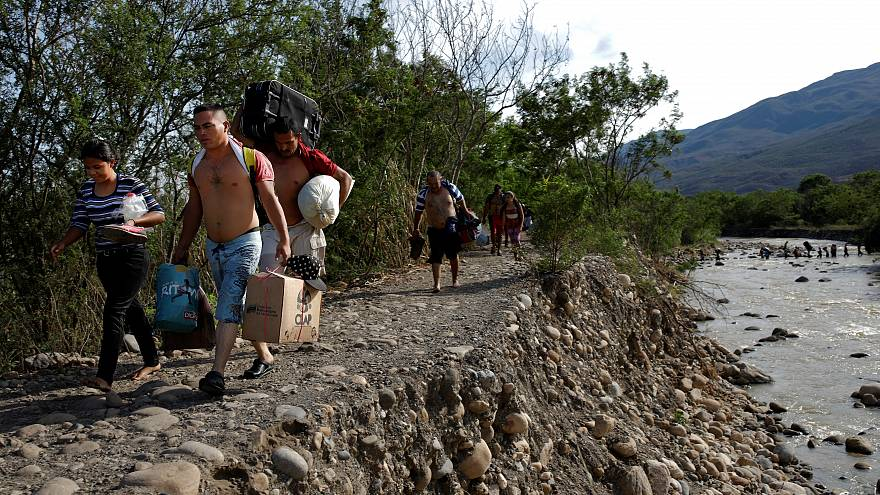 Ekonomik krizin etkisiyle 3 milyon Venezuelalı ülkeyi terk etti