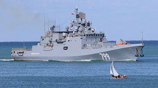 Amiral Makarov fırkateyni Rusya'nın Karadeniz filosuna katılmak üzere Si