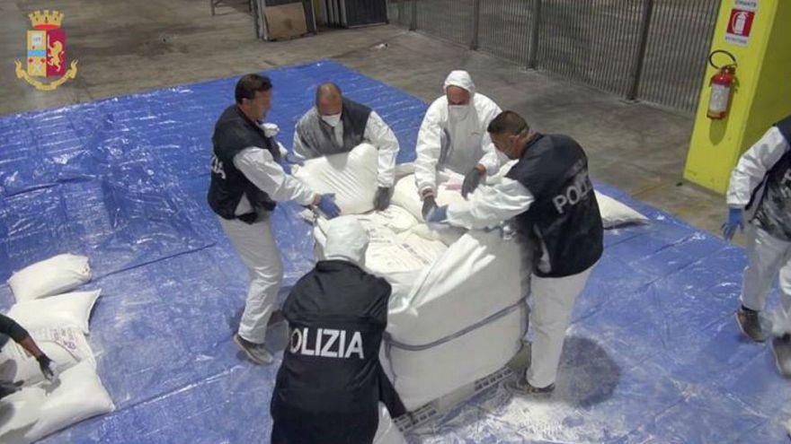 ایتالیا؛ کشف ۲۷۰ کیلوگرم هروئین از کشتی با مبداء حرکت از ایران