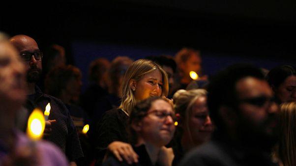 L'heure du deuil à Thousand Oaks après la tuerie