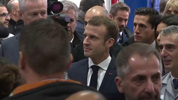 عامل في شركة رينو لرئيس فرنسا: أنتم غير مرحب بكم هنا