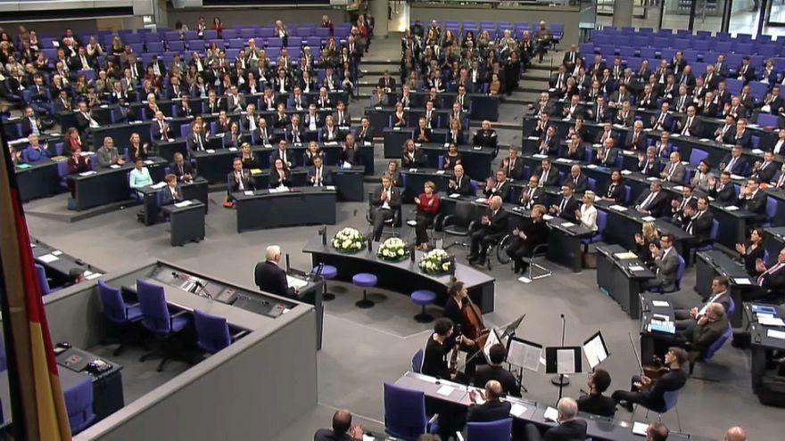 A kristályéjszaka áldozataira emlékeztek a Bundestagban