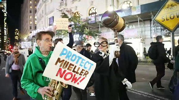 أمريكيون يتظاهرون لحماية تحقيق مولر في التدخل الروسي في انتخابات 2016